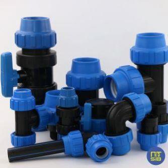 Компрессионные полиэтиленовые фитинги для пластиковых труб