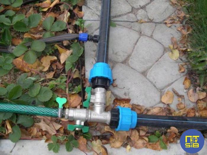 Полиэтиленовые трубы для дачного водопровода
